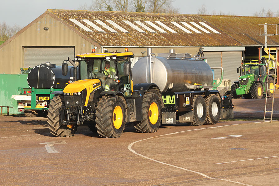 How pre-mix bowsers can help increase sprayer output